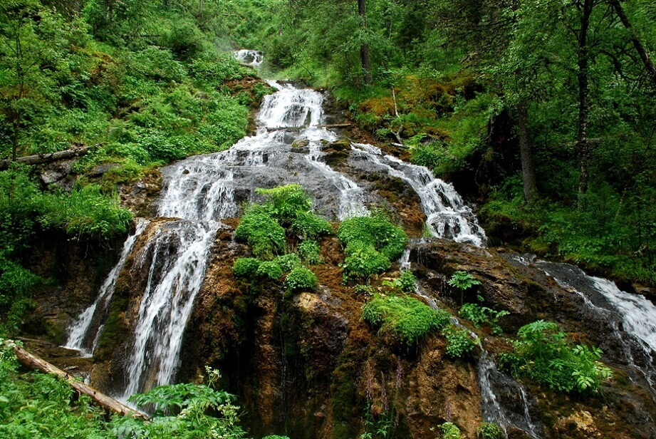 Ермулинский водопад